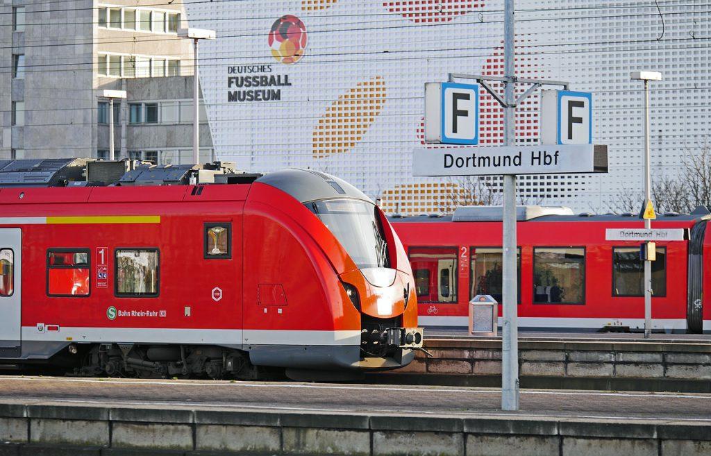 trem na alemanha 1024x657 - 15 motivos para morar na     Alemanha